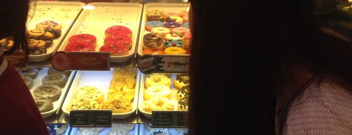 Krispy Kreme (คริสปี้ ครีม) is one of M-TH-18.