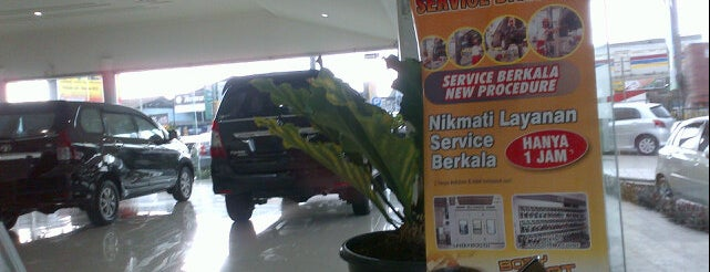 Toyota Nasmoco is one of Seputar Tegal.