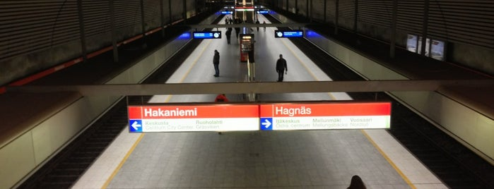 Metro Hakaniemi is one of Vakiot.