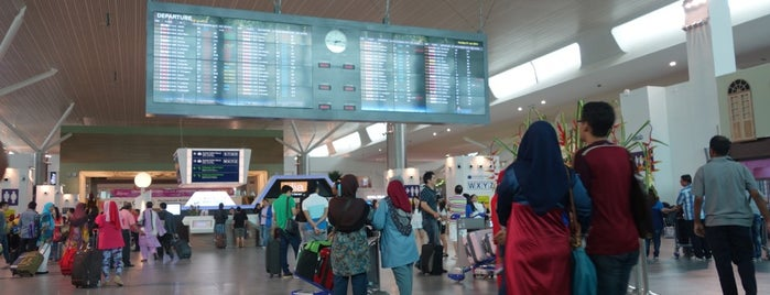 Kuala Lumpur International Airport 2 (KLIA2) is one of Oh! Media's tips.