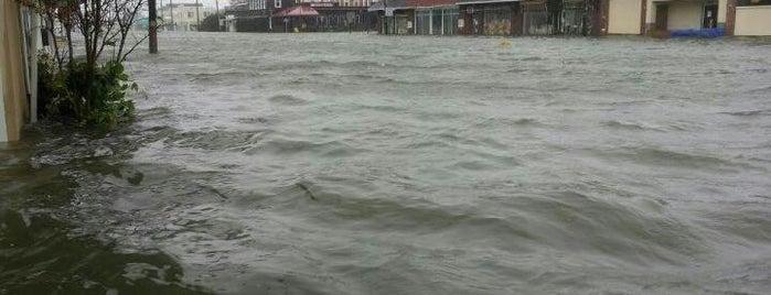 Frankenstorm Apocalypse - Hurricane Sandy is one of Listpocalypse.