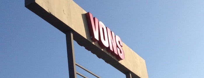 Vons is one of BEST LA TACOS.