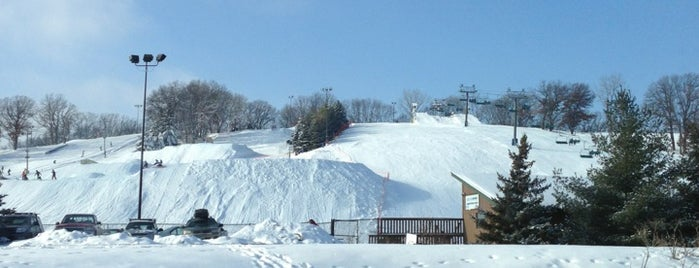 Hyland Ski and Snowboard Area is one of Tc.