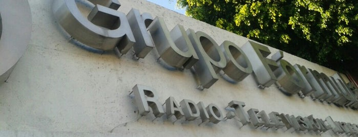 Radio Fórmula is one of Medios del DF.
