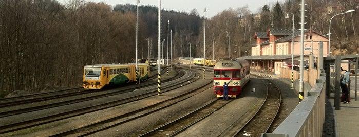 Železniční stanice Tanvald is one of Železniční stanice ČR: Š-U (12/14).