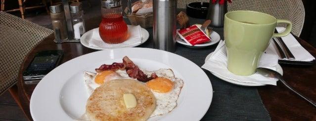 Ring Café & Burger Bar is one of Egy nap a városban: A legjobb reggeli nyomában.