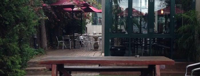 Kingston Hotel is one of Snarkle's Best Beer Garden List.