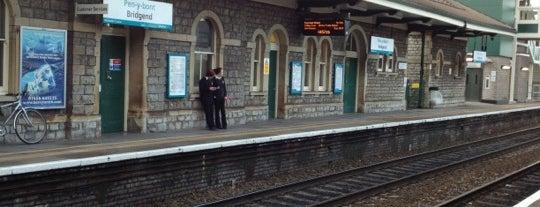 Bridgend Railway Station (BGN) is one of Summer in London/été à Londres.