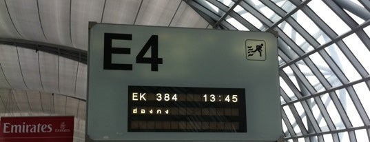 Gate E4 is one of TH-Airport-BKK-1.