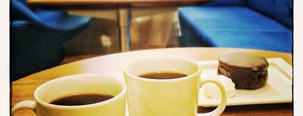 オスロコーヒー 五反田駅前店 is one of Top picks for Coffee Shops.