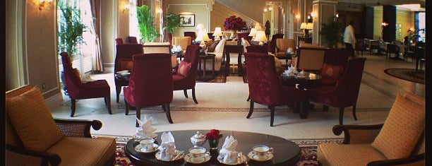The Majestic Hotel is one of Food Hunt.