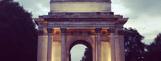 Wellington Arch is one of M!.