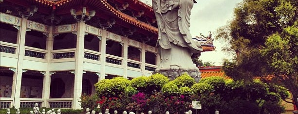 Kong Meng San Phor Kark See Monastery (光明山普觉禅寺 Bright Hill Temple) is one of The Houses of Prayers & Worship.