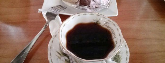 Miz Moren is one of Coffee&desserts.