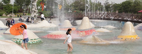 月湖雕塑公园 | Shanghai Sculpture Park is one of Time Out Shanghai's Tips.