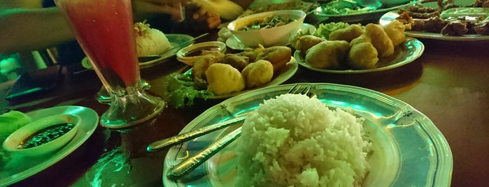 Sala Classic Seafood Restaurant is one of I Like....
