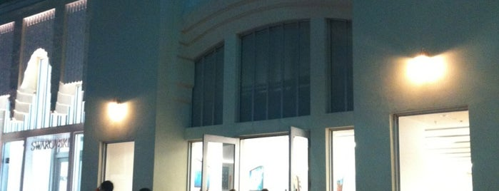 Apple Lincoln Road is one of my b.a..