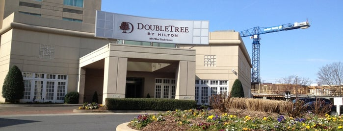DoubleTree by Hilton Hotel Charlotte is one of I been here !.