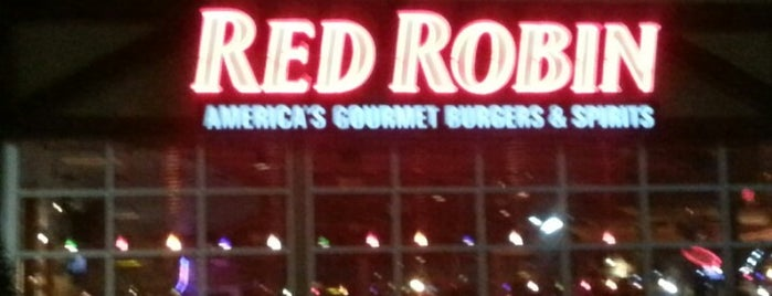 Red Robin Gourmet Burgers is one of Places I've been and need to check in.