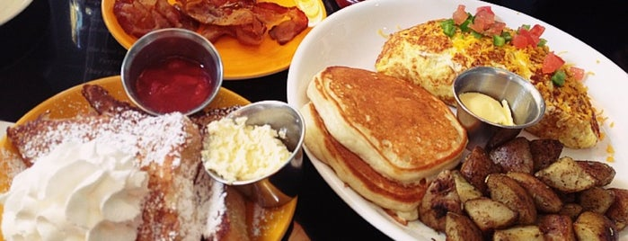 Butterfinger Pancakes is one of Best Rstaurant in Seoul in my Favorite Shop.