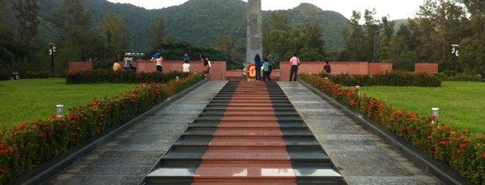 Nghĩa trang Hàng Dương is one of du lịch - lịch sử.