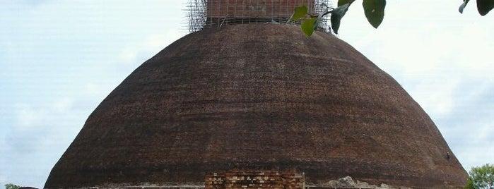 Jetawanaramaya is one of Trips / Sri Lanka.