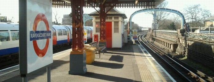 Ravenscourt Park London Underground Station is one of Tube Challenge.