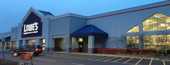 Lowes movie theater danvers