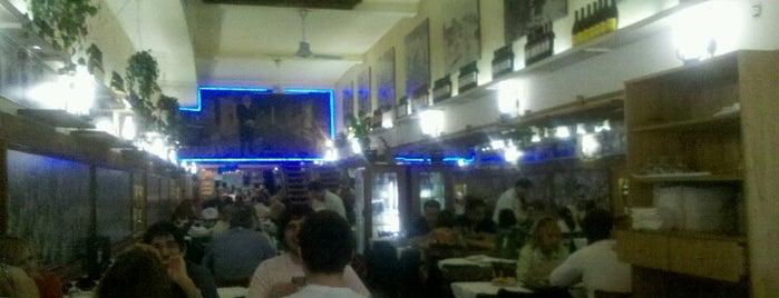 Los Inmortales is one of las mejores 10 pizzerias.
