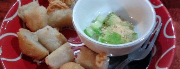 Pempek Palembang 21 is one of Favorite Food.