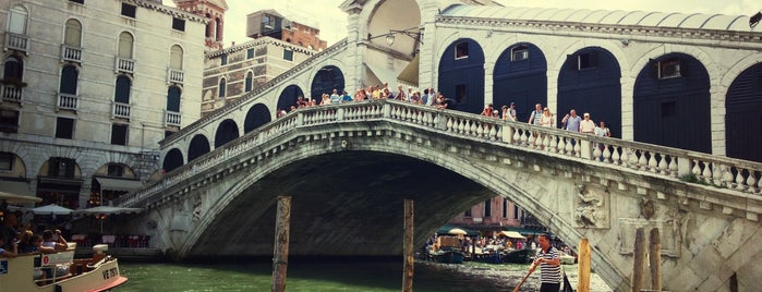 Rialto Bridge is one of Venezia sights.