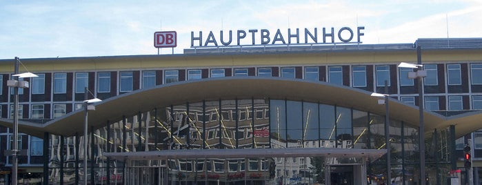 Bochum Hauptbahnhof is one of Ausgewählte Bahnhöfe.