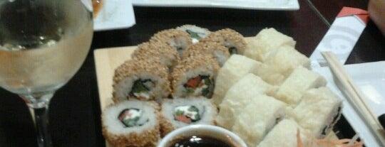 Aomori Nikkei & Sushi is one of Restaurants Peruanos en Santiago.