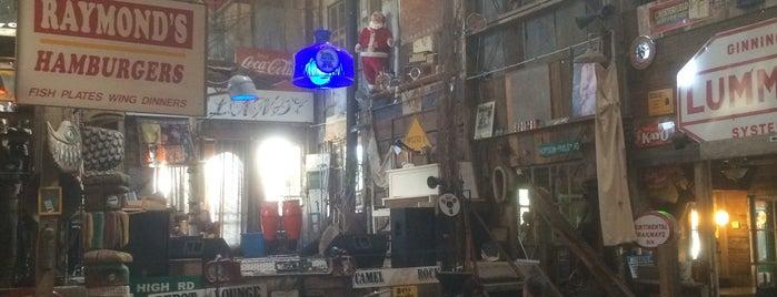 Shack Up Inn is one of Mississippi.
