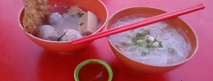 Menglembu Foodstreet (Wai Sek Kai) is one of Jalan Jalan Ipoh Eatery.