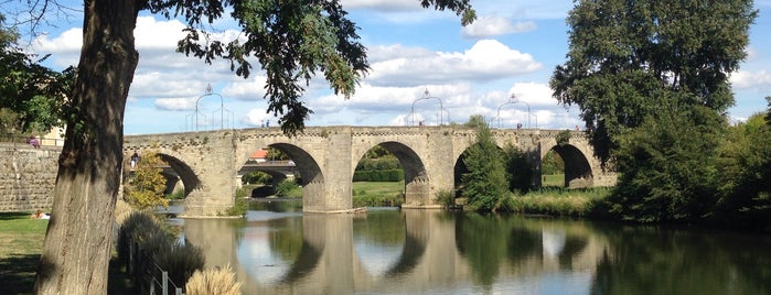 Pont Vieux is one of Canal du Midi.