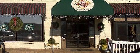 Hunters Inn is one of Mike's Favorite Restaurants in DMV.
