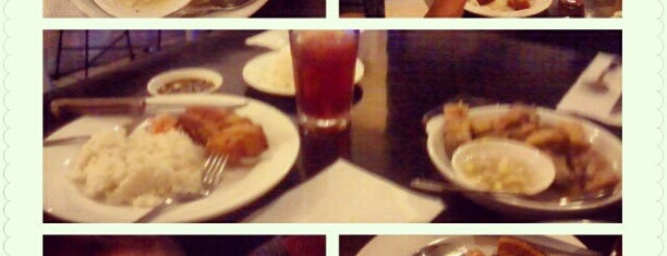 Carlito's Way Diner is one of FOODS ♥.