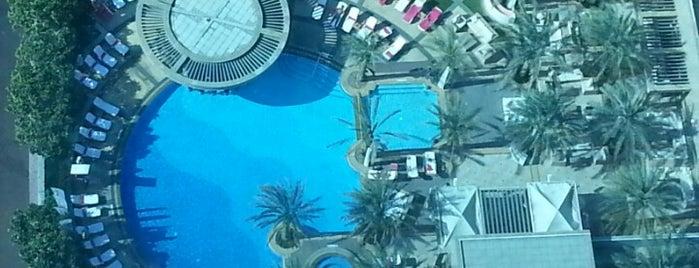 Shangri-La Hotel is one of Best places in Dubai, United Arab Emirates.