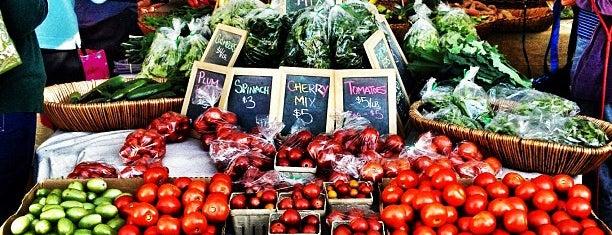 Peachtree Road Farmer's Market is one of farmers markets.