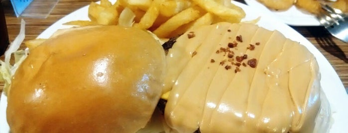 Aniki Burger is one of Yummy Food @ Taiwan.
