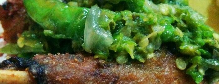 Bebek Bandar is one of Favorite Food.