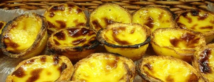 A Padaria Portuguesa is one of Favorite Pastry Shops/Cafés in Lisbon.