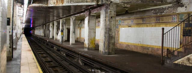 MTA Subway - Brooklyn Bridge/City Hall/Chambers St (J/Z/4/5/6) is one of Abandoned NYC.