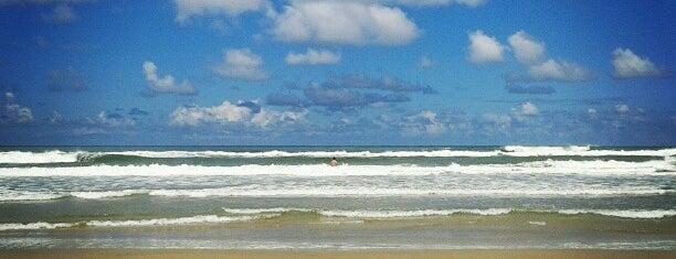 Praia do Arco-Íris is one of sem perímetro.