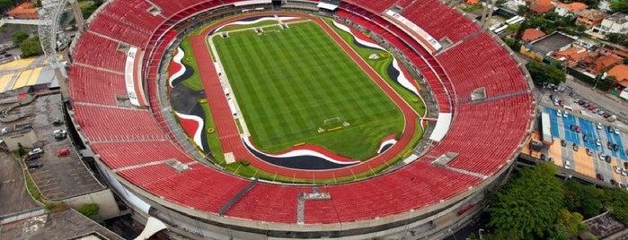 Estádio Cícero Pompeu de Toledo (Morumbi) is one of em Sampa.