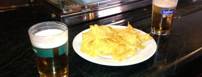 La Cervecería de Mahou is one of los mejores sitios para comer en Alicante.