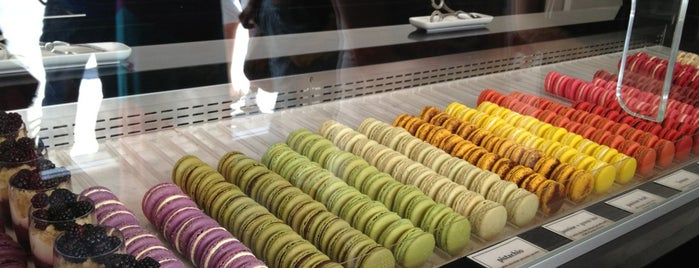 Bisous Ciao Macarons is one of NYC Sweets.