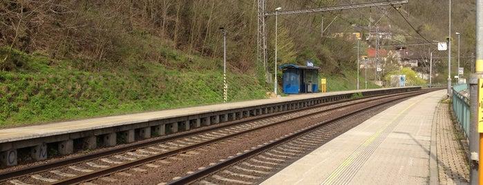Železniční zastávka Úholičky is one of Železniční stanice ČR: Š-U (12/14).