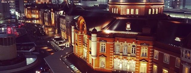 Tokyo Station is one of JR線の駅.